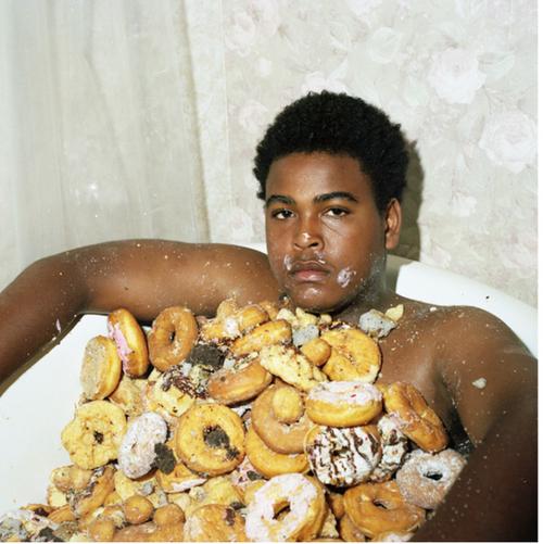guy-in-donut-bath